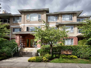 "Main Photo: 201 1131 55 Street in Delta: Tsawwassen Central Condo for sale in ""PACIFIC RIDGE"" (Tsawwassen)  : MLS® # R2201092"