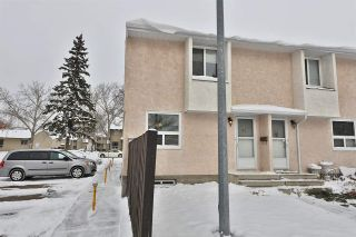 Main Photo: 41 LAKEWOOD Villa in Edmonton: Zone 29 Townhouse for sale : MLS® # E4087561