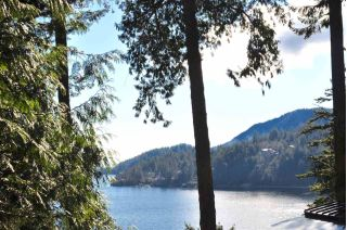 Main Photo: 150 BANNISTER Road: Bowen Island House for sale : MLS® # R2238873