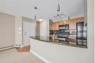 Main Photo: 4 118 VILLAGE Heights SW in Calgary: Patterson Condo for sale : MLS®# C4166295