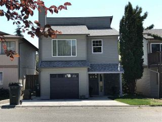 Main Photo: 122 SPRINGFIELD Drive in Langley: Aldergrove Langley House for sale : MLS®# R2296872