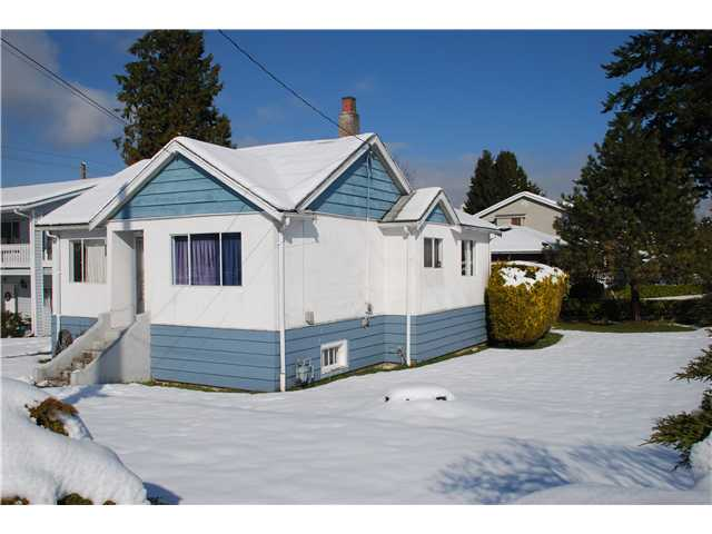 "Main Photo: 821 SECOND Street in New Westminster: GlenBrooke North House for sale in ""GLENBROOKE NORTH"" : MLS® # V1048990"