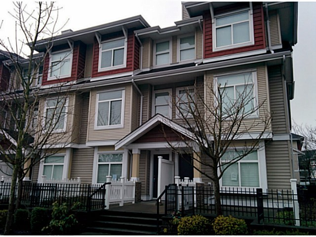 "Main Photo: 5 8655 159TH Street in Surrey: Fleetwood Tynehead Townhouse for sale in ""SPRINGFIELD COURT"" : MLS® # F1406166"