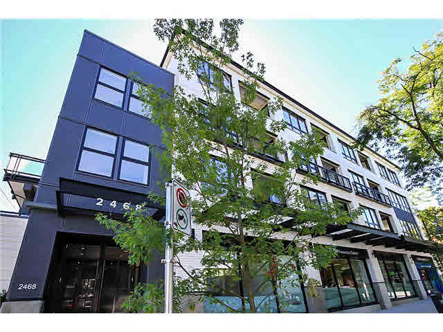 "Main Photo: PH8 2468 BAYSWATER Street in Vancouver: Kitsilano Condo for sale in ""BAYSWATER"" (Vancouver West)  : MLS® # V1141571"