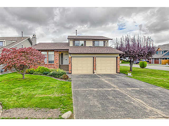 "Main Photo: 5263 BENTLEY Court in Ladner: Hawthorne House for sale in ""HAWTHORNE"" : MLS®# V1142480"