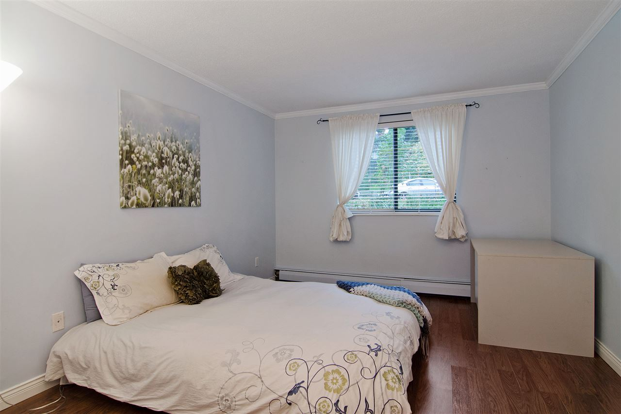 "Photo 8: 109 357 E 2ND Street in North Vancouver: Lower Lonsdale Condo for sale in ""Thornecliffe"" : MLS® # R2009279"