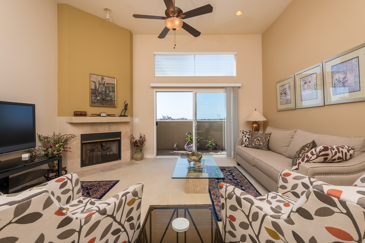 Main Photo: HILLCREST Condo for sale : 2 bedrooms : 3990 Centre St #406 in San Diego