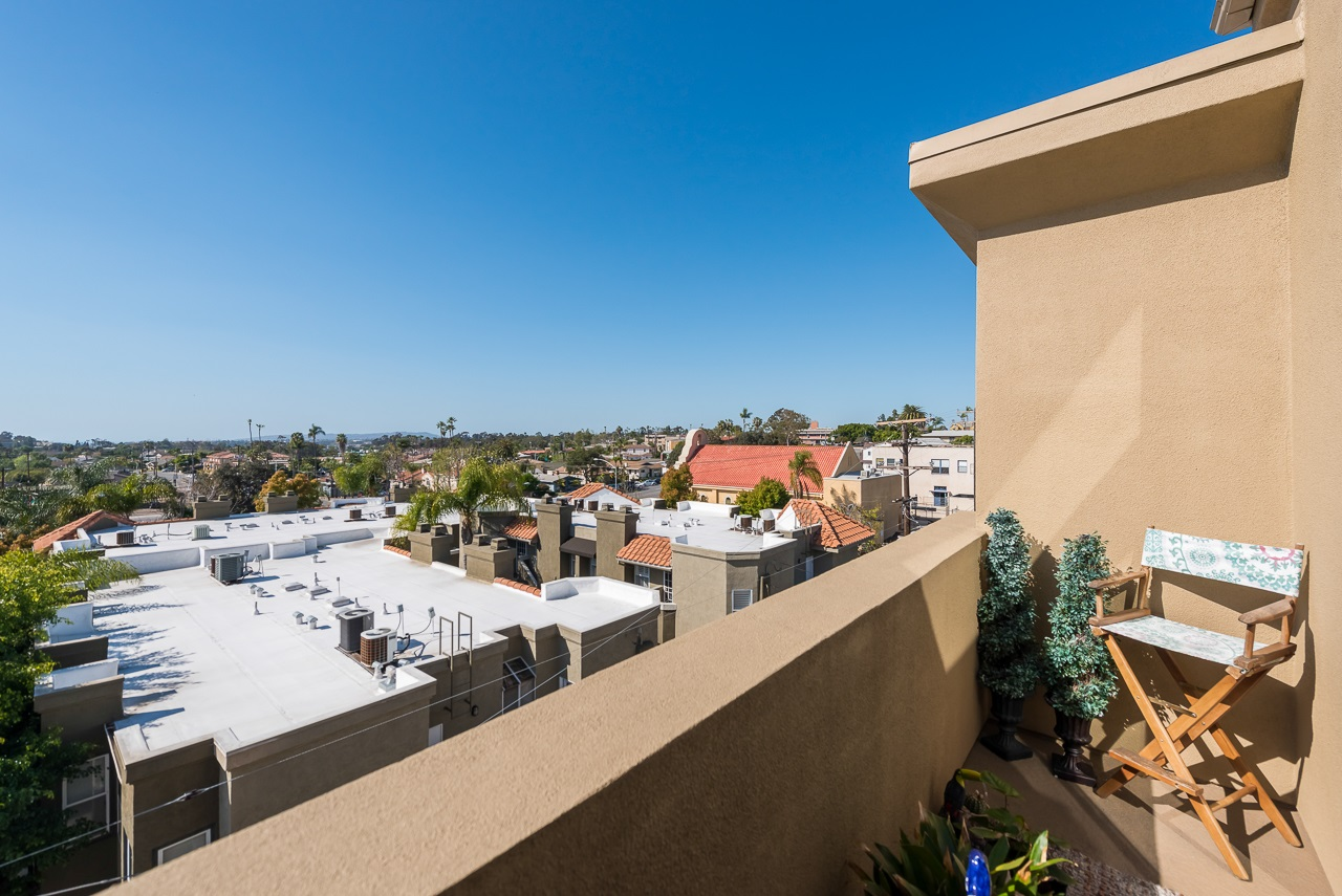 Photo 21: HILLCREST Condo for sale : 2 bedrooms : 3990 Centre St #406 in San Diego