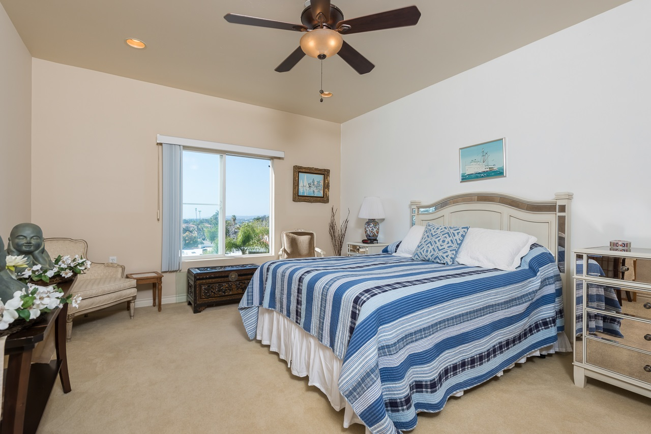 Photo 14: HILLCREST Condo for sale : 2 bedrooms : 3990 Centre St #406 in San Diego