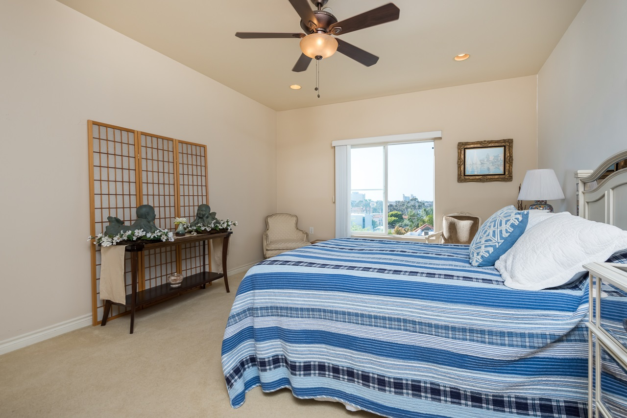 Photo 15: HILLCREST Condo for sale : 2 bedrooms : 3990 Centre St #406 in San Diego