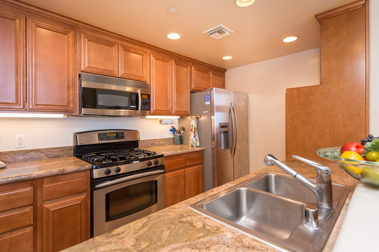 Photo 8: HILLCREST Condo for sale : 2 bedrooms : 3990 Centre St #406 in San Diego