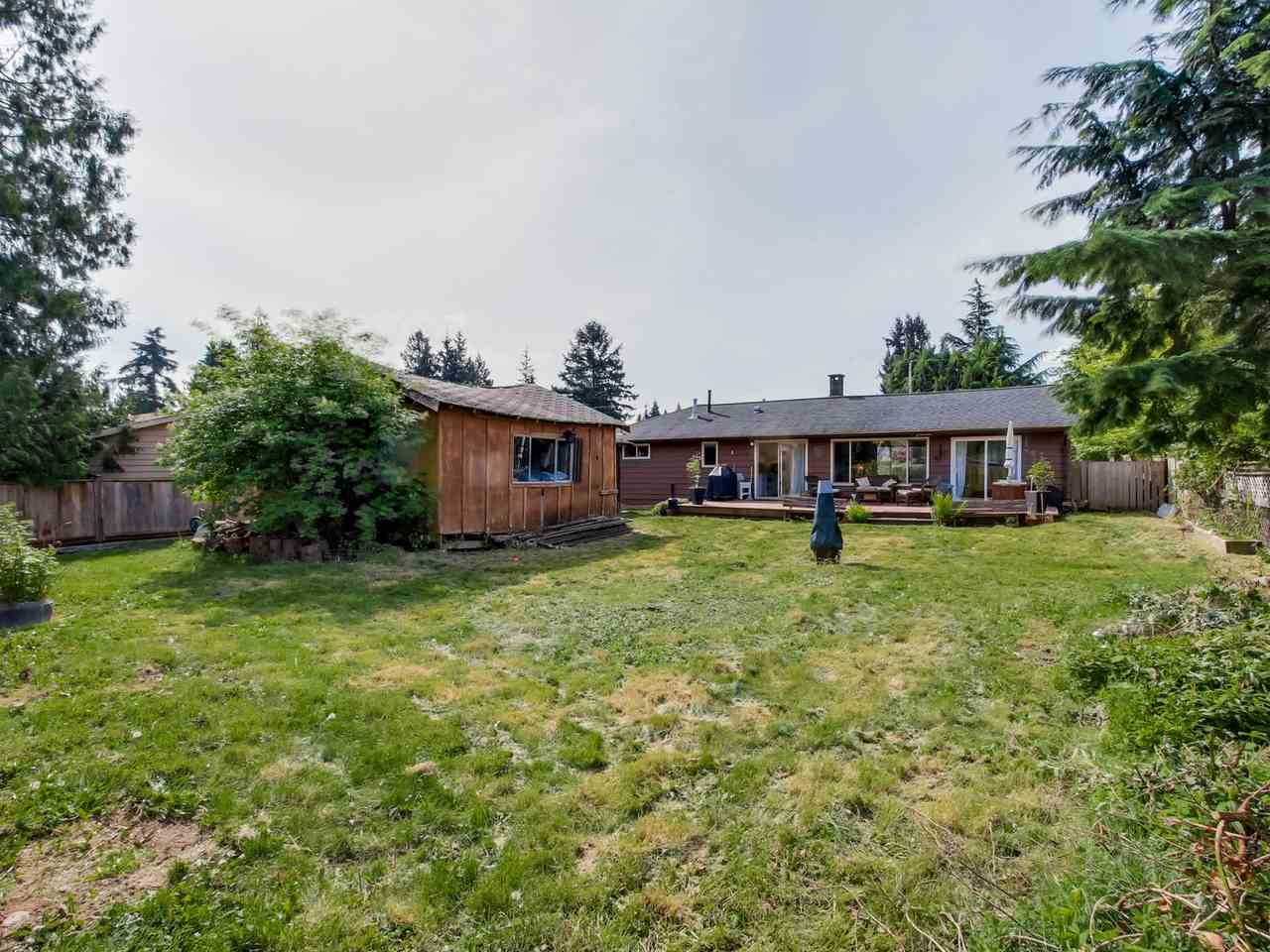 Photo 14: 2415 LAURALYNN Drive in North Vancouver: Westlynn House for sale : MLS(r) # R2062323