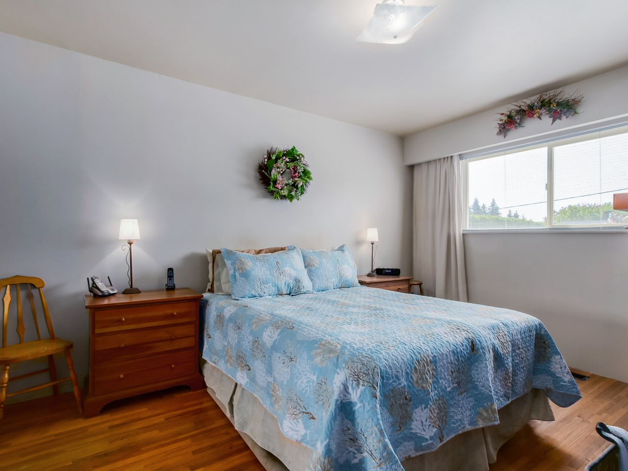 Photo 12: 2415 LAURALYNN Drive in North Vancouver: Westlynn House for sale : MLS® # R2062323