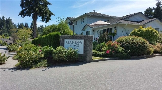 "Main Photo: 5 699 DOUGALL Road in Gibsons: Gibsons & Area Townhouse for sale in ""MARINA PLACE"" (Sunshine Coast)  : MLS®# R2101060"