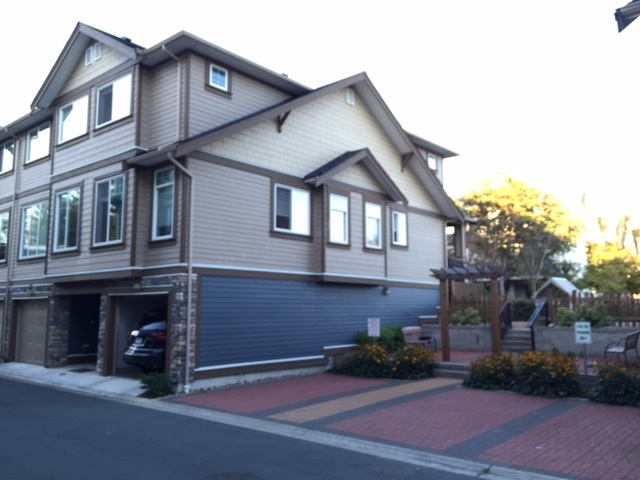 Main Photo: 14 18819 71 Avenue in Surrey: Clayton Townhouse for sale (Cloverdale)  : MLS®# R2109335