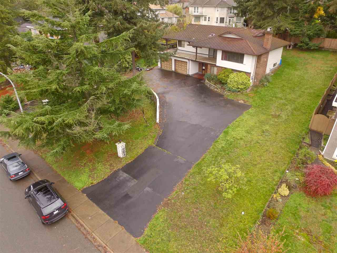 "Photo 2: 16495 78 Avenue in Surrey: Fleetwood Tynehead House for sale in ""FLEETWOOD"" : MLS® # R2122962"