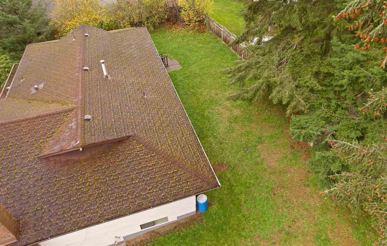 "Photo 11: 16495 78 Avenue in Surrey: Fleetwood Tynehead House for sale in ""FLEETWOOD"" : MLS® # R2122962"