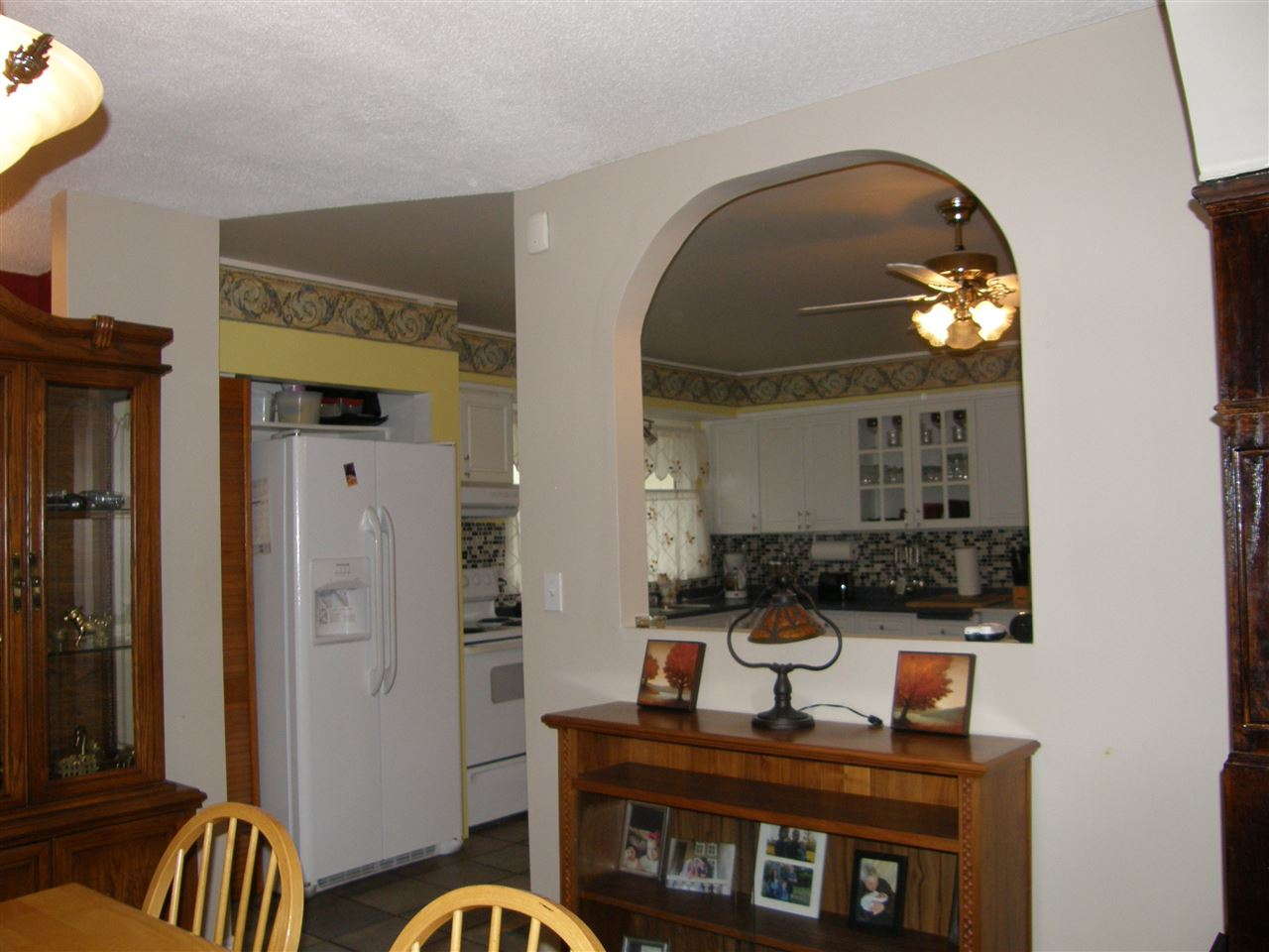 Nice and open from dining room to kitchen