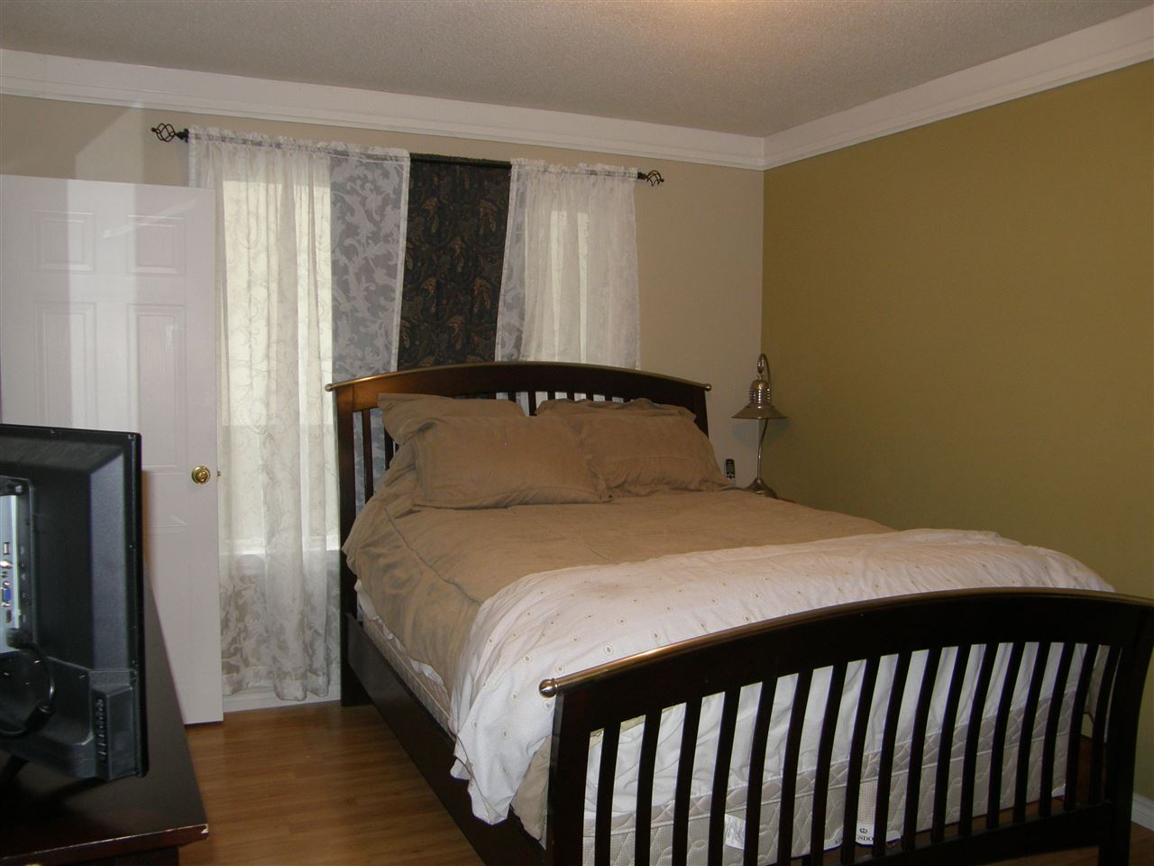Master bedroom with 2 pce ensuite