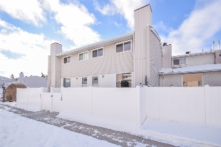 Main Photo: 14589 121 Street in Edmonton: Zone 27 Townhouse for sale : MLS(r) # E4045230