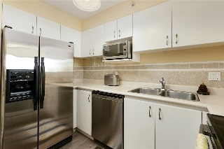 "Main Photo: 909 1188 RICHARDS Street in Vancouver: Yaletown Condo for sale in ""PARK PLAZA"" (Vancouver West)  : MLS(r) # R2138953"