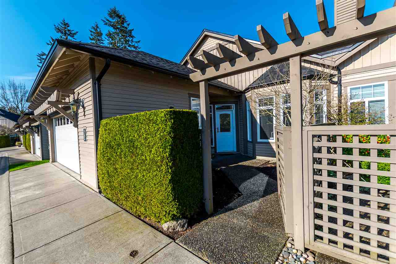 "Photo 2: 75 14909 32 Avenue in Surrey: King George Corridor Townhouse for sale in ""Ponderosa"" (South Surrey White Rock)  : MLS(r) # R2153126"