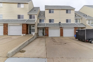 Main Photo: 5320 146 Avenue in Edmonton: Zone 02 Townhouse for sale : MLS(r) # E4058254