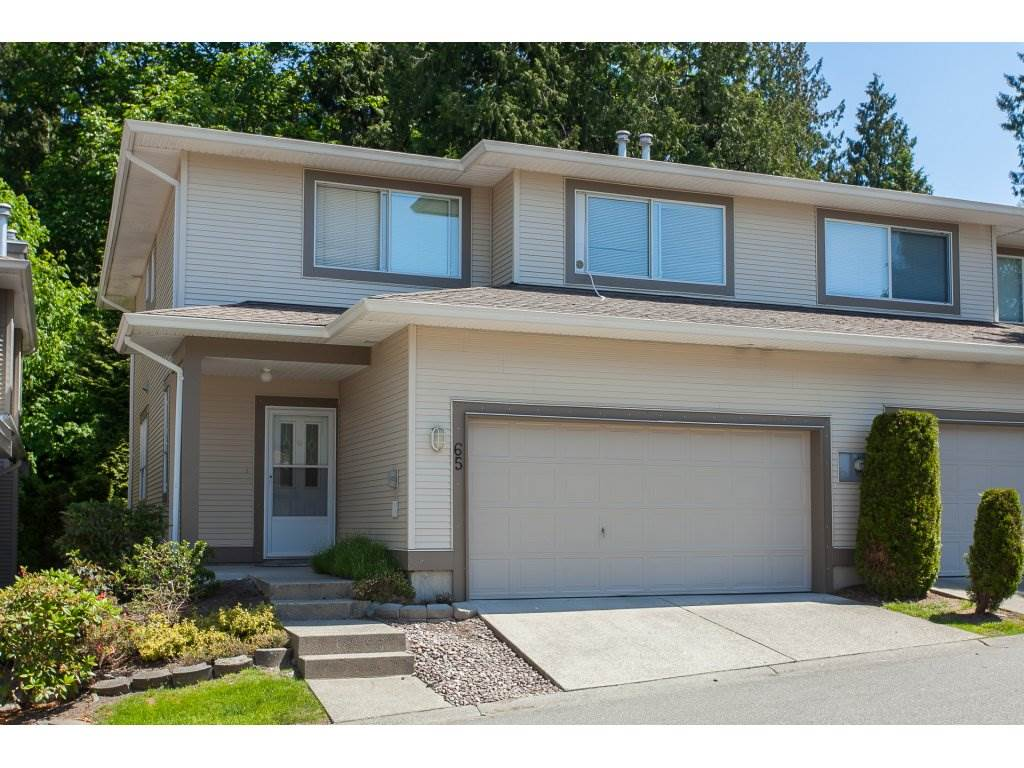 "Main Photo: 65 20881 87 Avenue in Langley: Walnut Grove Townhouse for sale in ""KEW GARDENS"" : MLS(r) # R2171437"
