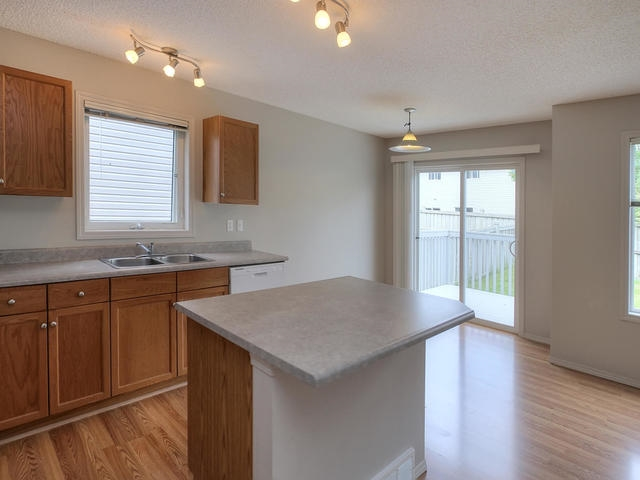 Photo 7: 3452 MCKAY Lane in Edmonton: Zone 55 House Half Duplex for sale : MLS(r) # E4068301