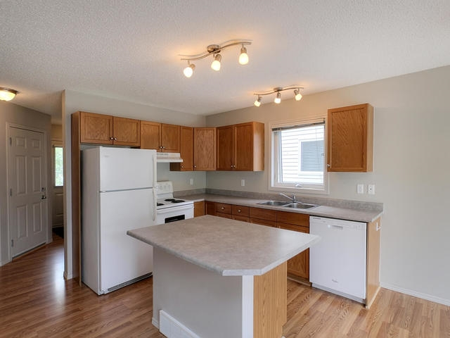 Photo 5: 3452 MCKAY Lane in Edmonton: Zone 55 House Half Duplex for sale : MLS(r) # E4068301