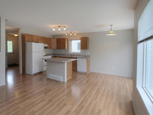 Photo 8: 3452 MCKAY Lane in Edmonton: Zone 55 House Half Duplex for sale : MLS(r) # E4068301