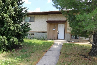 Main Photo: 2103 36 Street in Edmonton: Zone 29 House for sale : MLS(r) # E4071078