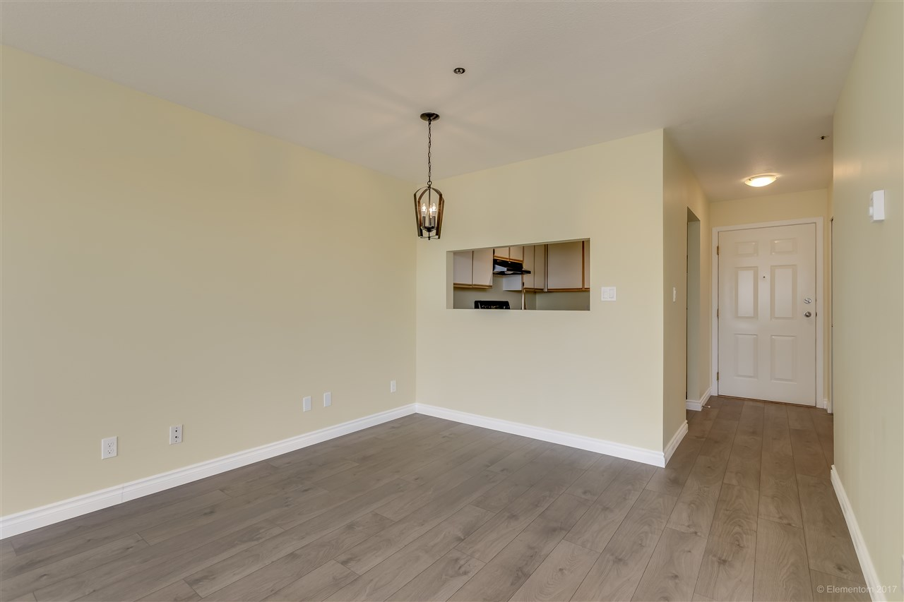 "Photo 11: 301 918 RODERICK Avenue in Coquitlam: Maillardville Condo for sale in ""VILLAGE SQUARE"" : MLS® # R2184149"