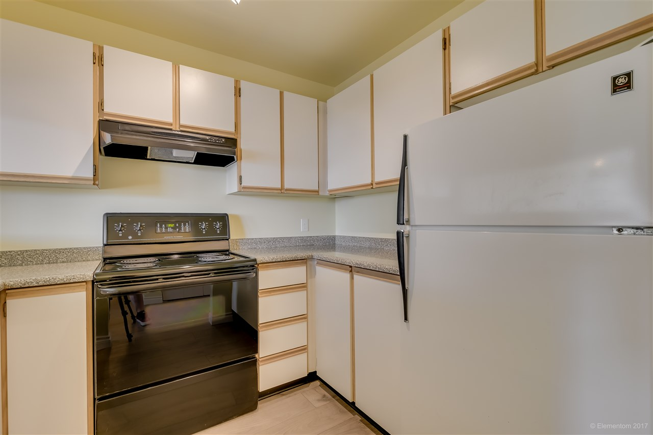 "Photo 9: 301 918 RODERICK Avenue in Coquitlam: Maillardville Condo for sale in ""VILLAGE SQUARE"" : MLS® # R2184149"
