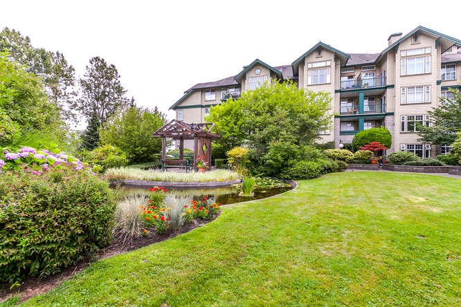 FEATURED LISTING: 302 - 83 STAR Crescent New Westminster