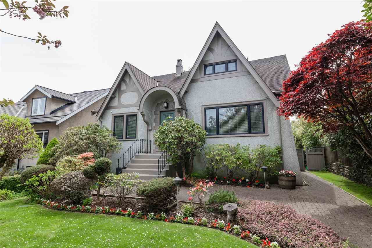 Main Photo: 2888 W 30TH Avenue in Vancouver: MacKenzie Heights House for sale (Vancouver West)  : MLS® # R2204142