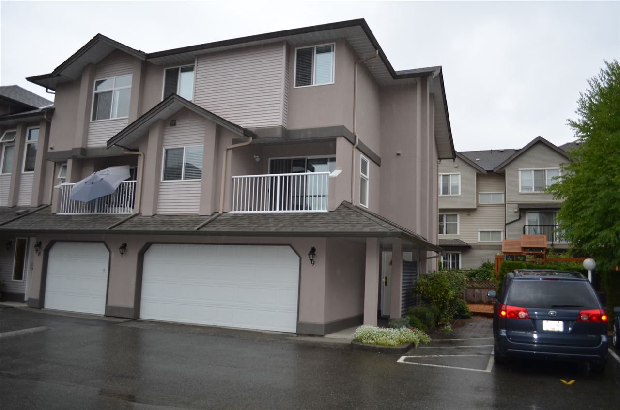 "Main Photo: 9 2538 PITT RIVER Road in Port Coquitlam: Mary Hill Townhouse for sale in ""RIVER COURT"" : MLS® # R2204567"