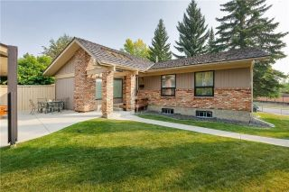 Main Photo: 111 RANCH ESTATES Place NW in Calgary: Ranchlands House for sale : MLS®# C4167276