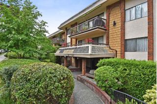"Main Photo: 301 1235 W 15TH Avenue in Vancouver: Fairview VW Condo for sale in ""SHAUGHNESSY"" (Vancouver West)  : MLS®# R2268276"