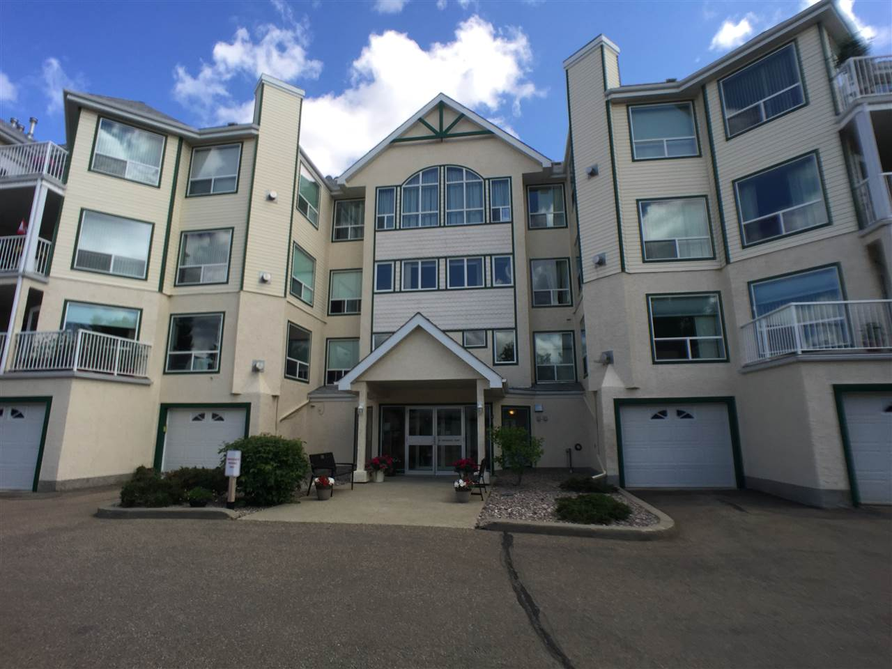 FEATURED LISTING: 103 - 10 IRONWOOD Point St. Albert
