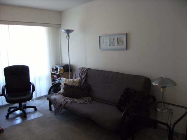 "Photo 11: 304 15375 17TH Avenue in Surrey: King George Corridor Condo for sale in ""Carmel Place"" (South Surrey White Rock)  : MLS® # F1118895"
