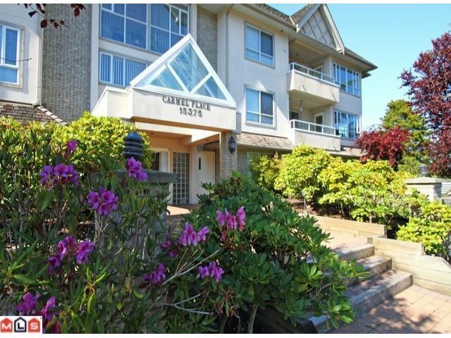 "Photo 1: 304 15375 17TH Avenue in Surrey: King George Corridor Condo for sale in ""Carmel Place"" (South Surrey White Rock)  : MLS® # F1118895"