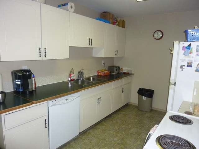 Photo 2: 2787 JOYCE AVE in Kamloops: Brocklehurst Multifamily for sale : MLS(r) # 106599