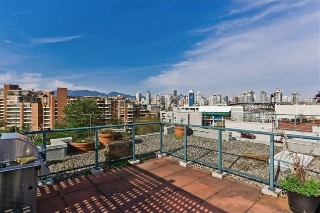 Main Photo: 407 1630 W 1ST Avenue in Vancouver: False Creek Condo for sale (Vancouver West)  : MLS®# V952199