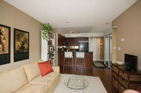 Photo 4: 11 230 E King Street in Toronto: Moss Park Condo for sale (Toronto C08)  : MLS(r) # C2525821