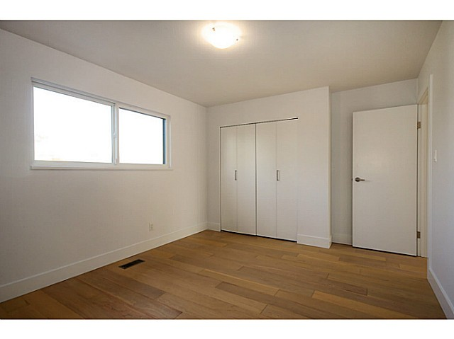 Photo 8: 1365 E 29TH Avenue in Vancouver: Knight House for sale (Vancouver East)  : MLS(r) # V1044193