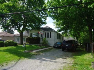 Main Photo: 66 W Weldrick Road in Richmond Hill: North Richvale House (Bungalow-Raised) for sale : MLS® # N2920860