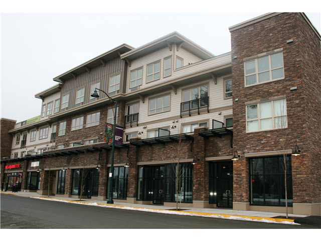 Main Photo: 104 7445 FRONTIER Street: Pemberton Commercial for lease : MLS®# V4043504