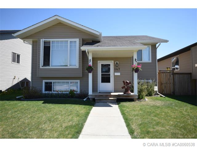 Main Photo: 147 JORDAN Parkway in Red Deer: RR Johnstone Crossing Residential for sale : MLS(r) # CA0060538