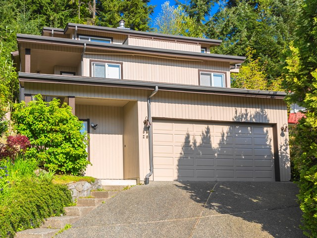 Main Photo: 5620 EAGLE Court in North Vancouver: Grouse Woods House for sale : MLS® # V1140825
